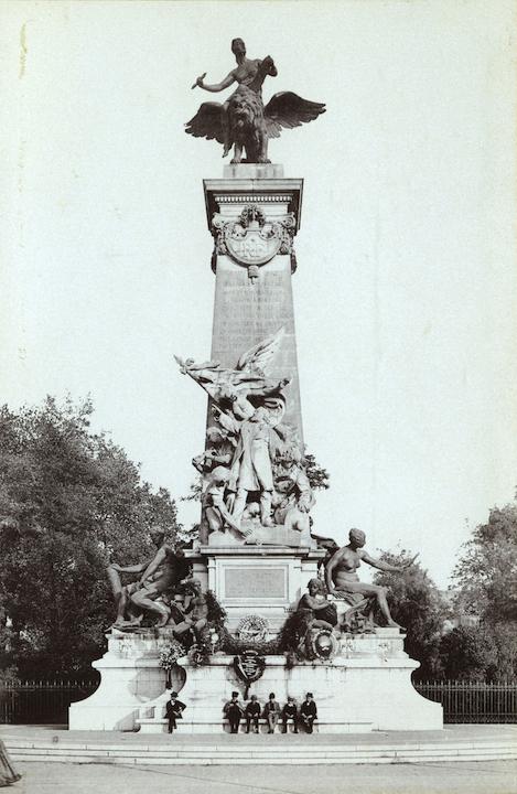 Le Monument Gambetta