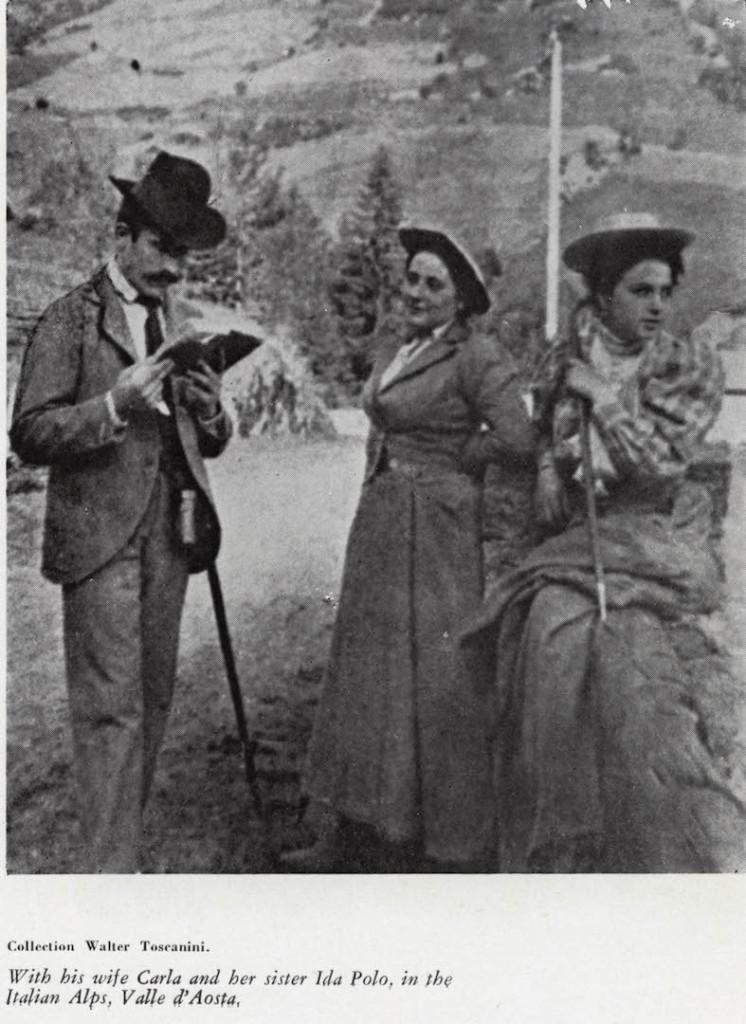 Con la moglie Carla e sua sorella Ida Polo, sulle Alpi italiane in Val d'AOSTA.