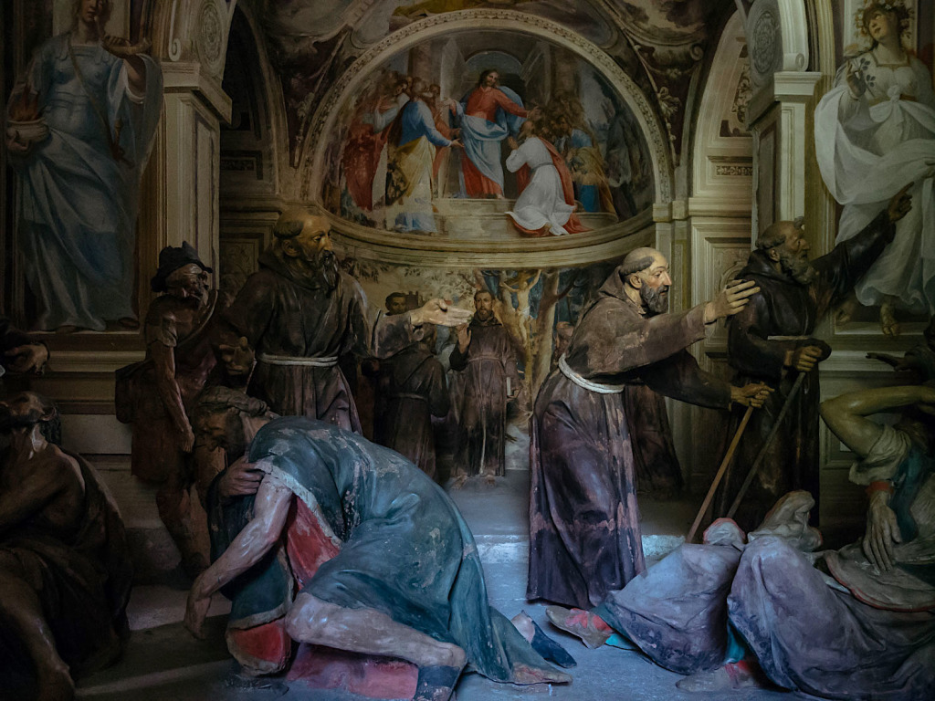 chapel VI • Francis sends the friars to preach  cappella VI • Francesco invia i frati a predicare