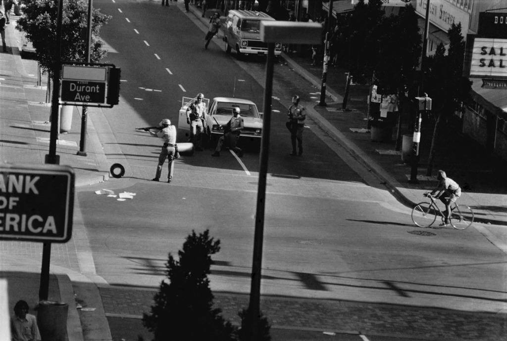05 Berkeley Riots 06 1972