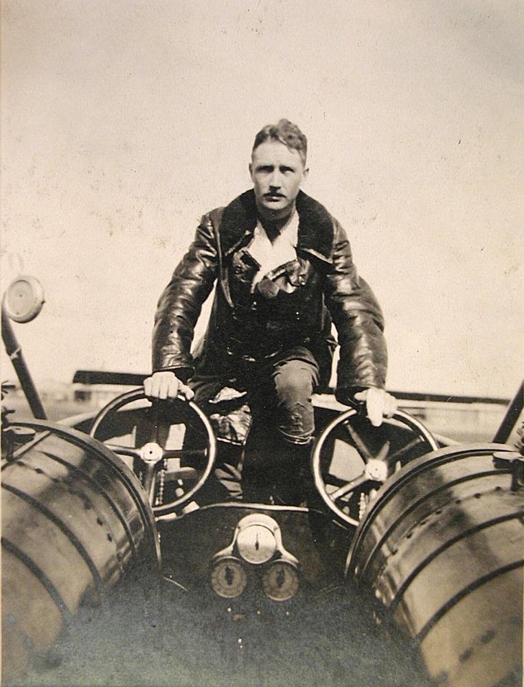 Kiley a bordo del bmbardiere Caproni